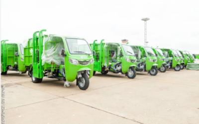 Remise de 550 tricycles aux 69 PME de pré-collecte des déchets solides ménagers dans le Grand Nokoué
